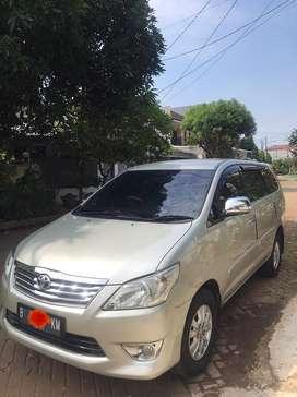 Toyota Kijang Innova Tipe G (2011)