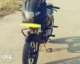 BAJAJ PULSAR 220 2ND OWNER WELL MAINTAINED