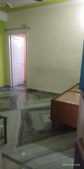 1bhk flat available for rent in niti khand 1