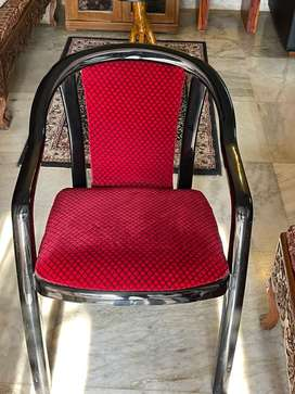 Upholstered Chairs with arm