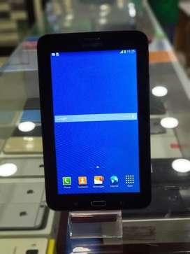 Samsung Tab 3 Neo SM-T111 1GB 8GB Tablet (Black) 3g Calling Single SIM