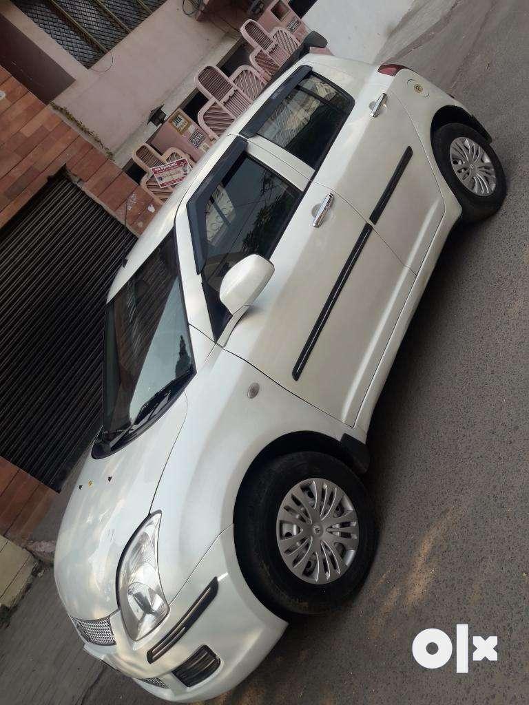 Maruti Suzuki Swift LXi, 2010, Petrol 0