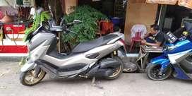"""Yamaha nmax abu"""" hitam"""