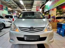 Toyota kijang Innova J manual mt Tahun 2010 siap pakai