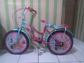 Sepeda Ukuran 8