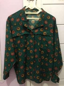 Thrift shirt / Thrifting