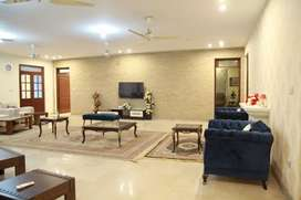dream executive furnished 6 kanal 6bedroom portion for rent bahria