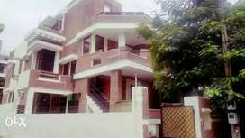 PG for BOYS Nearby Sector-44 and Huda Metro Station