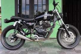 Motor Custom Basic Tiger 2000