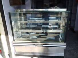 Display Refrigerator With 11 Tray For Bakery And Others Hot And Normal