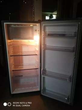 Whirlpool refrigerator 190 ltrs