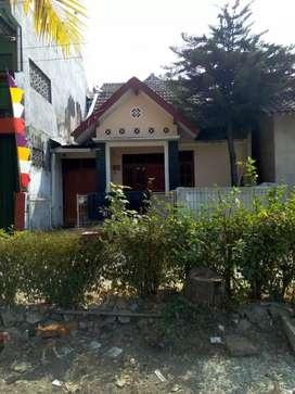 Dijual Rumah sgt d strategis Tingkat Full Kramik di Wates Kulon Progo