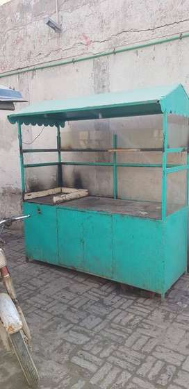 counter for Burger shwarma