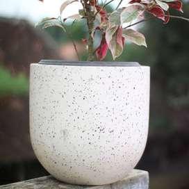 Pot dan Rak Stand Terrazzo Marmer Minimalis