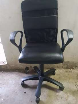 Rolling hydrolic chair..office chair