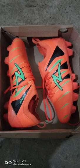 Sepatu bola accelerator velocity ll fg