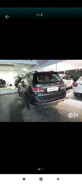 Toyota Fortuner 2015 Diesel 105000 Km Driven