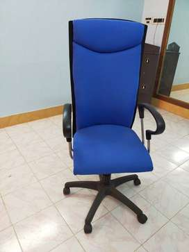 Office rolling chair