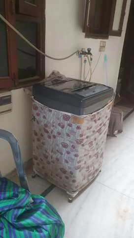 Whirlpool Fully Automatic Washing Machine, 1yr old,Excellent Condition