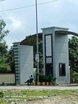 Near by alambag me plots available hai