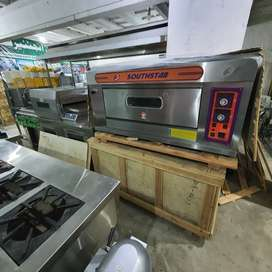 Pizza oven south star,deep fryer,hot plate,cheese crusher,salad bar