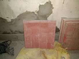 Tile good and used