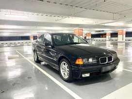 BMW E36 323i COSMOS BLACK ON GREEN FABRIC ORIGINAL