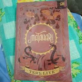 Novel Matahari original