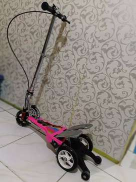 Scooter pedal genjot