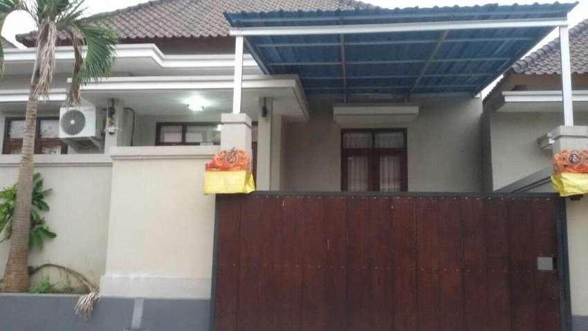 Dijual rumah (over kredit) 0