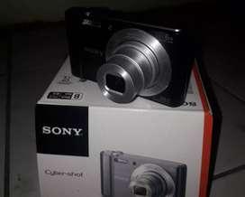 Camera Sony W 810