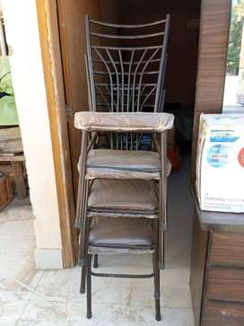 Iron rod table chair 15 days used