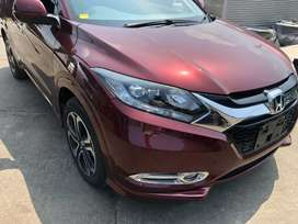 Honda vezel 2014 model better than Prius aqua civic corolla city fit