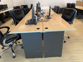 Workstation for office 2 people can sit