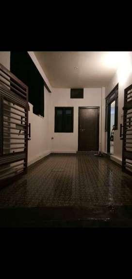 Sell 800 sqft double storey house in medical road near muglaha