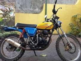 Motor trail Scorpio model jipstyle