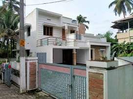 thrissur palakal 8 cent 4 bhk grand new villa