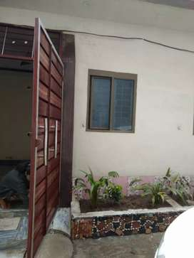 2 marla house in lalazar.. double story.. 1 bed in each portion