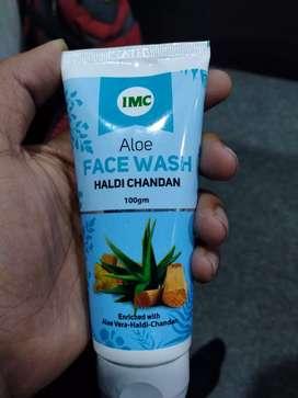 Face Wash with Haldi Chandan