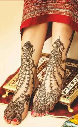 Mehendi art at your home