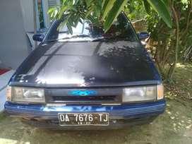 Mobil sedan ciorolla tahun 92