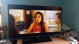 32 Inches LED TV in working condition