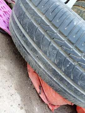 "15"" Size 4 Tyres for Sale in Used Condition beat for Stappny Purpose"