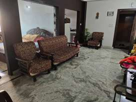 3 bhk flat near salesian college