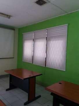 Roller blinds untuk rumah dan kantor