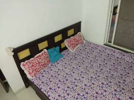 King Size Bed For Sale !!!
