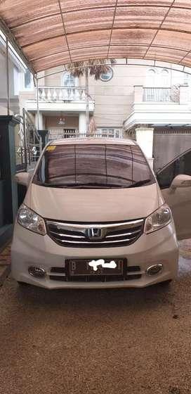Honda Freed psd 1.5 E 2013