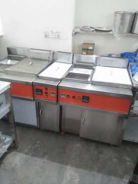 Fryer 3 tube double basket with sizzling blower model