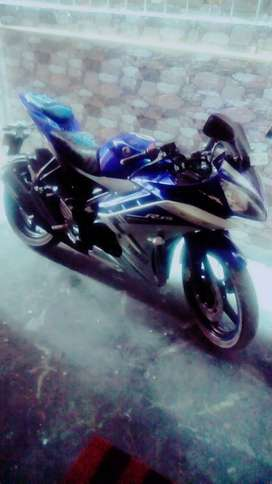 Yamaha R15 New Condition Not used too much