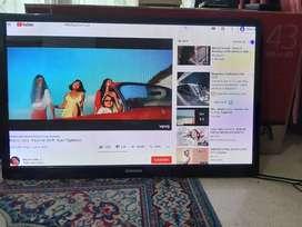 Tv Samsung 43' HDMI usb movie + bracket kondisi ok